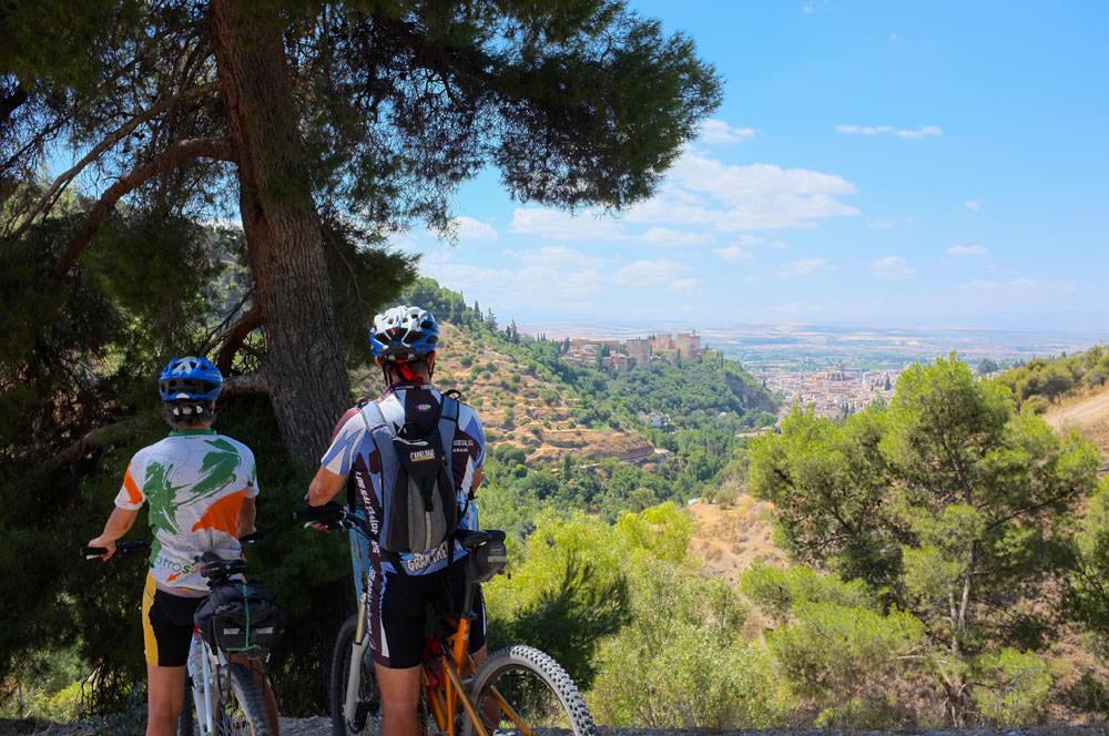 arrival to Granada by bike