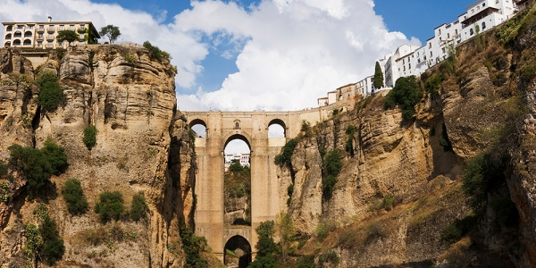 Ronda, arrival and circular route (6 km)