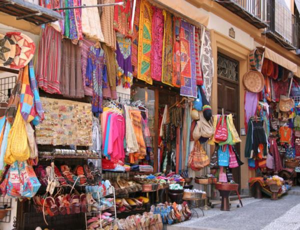 Mercadillo Granada Alcaiceria