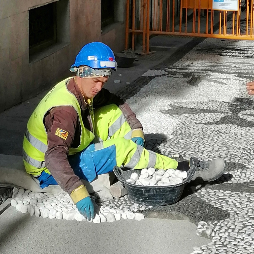 Making the Pavement in Granada